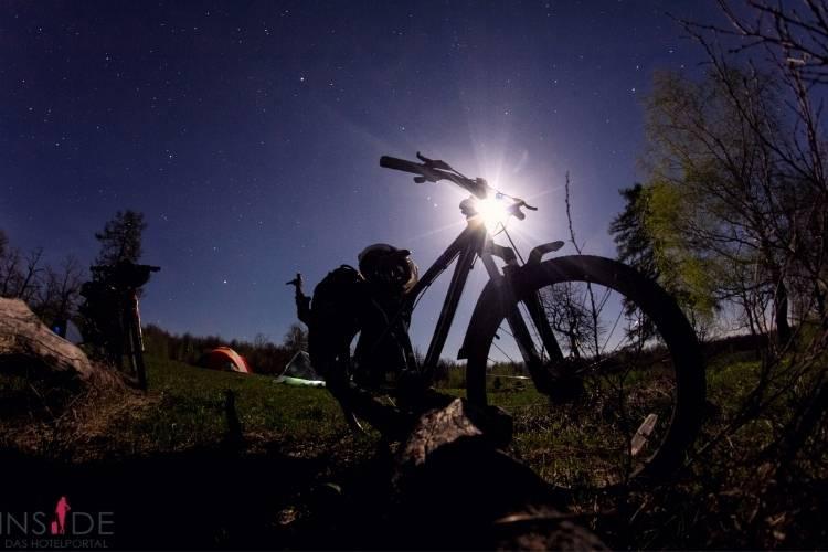 Fahrradtour Nacht  750x500