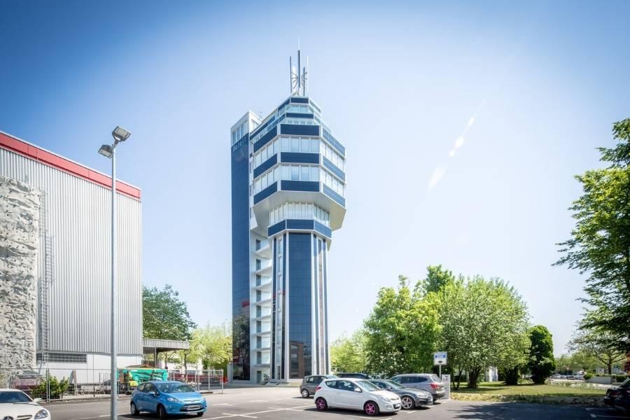 Hotel aquaTurm Außenansicht 900x600