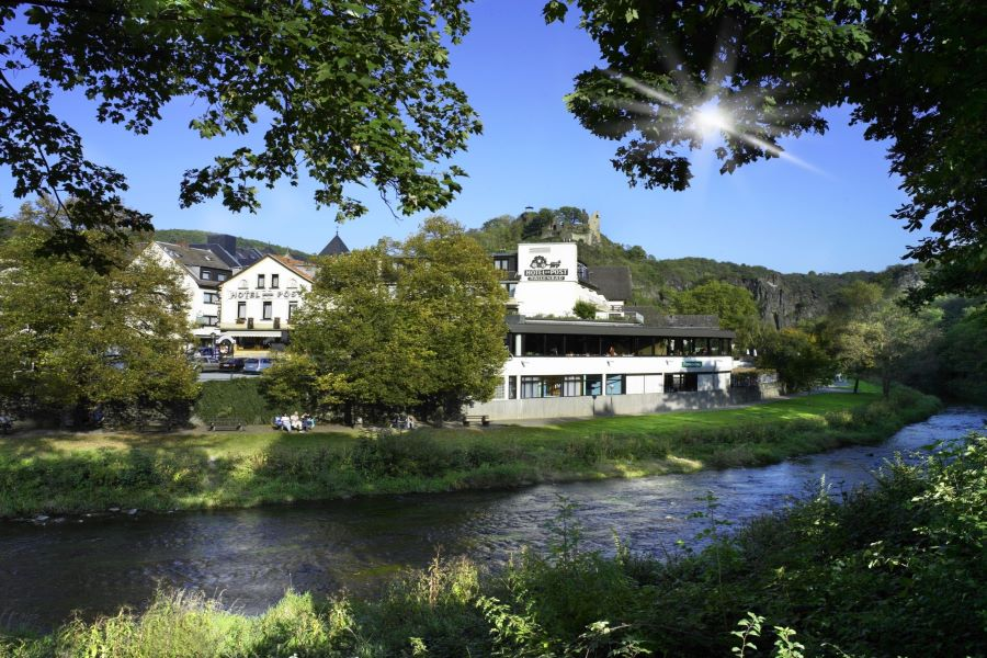 Hotelzur-Post.de-Altenahr-Ahrtal-Hotel-Aussenasich