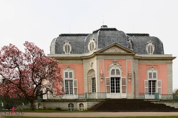 Schloss Benrath von hinten